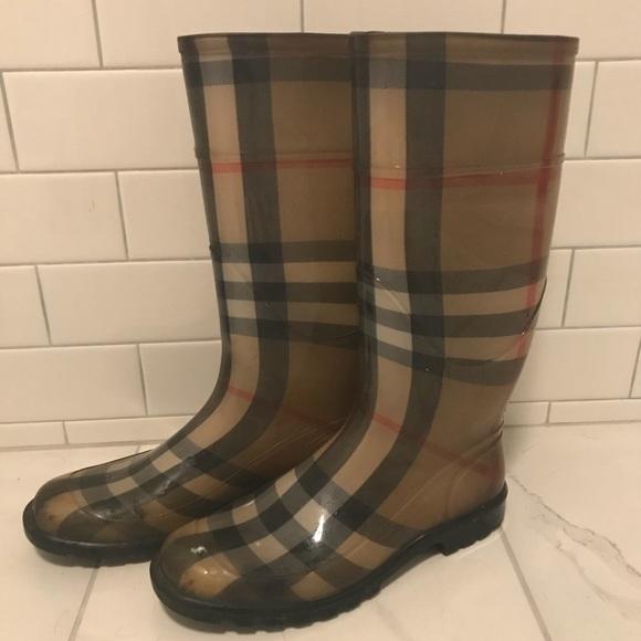 c21df4eea871f Authentic vintage Burberry rain boots